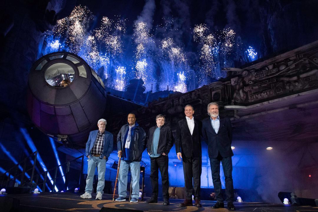 Watch Harrison Ford, Billy Dee Williams, Mark Hamill, and George Lucas reunite at <em>Star Wars: Galaxy's Edge</em>