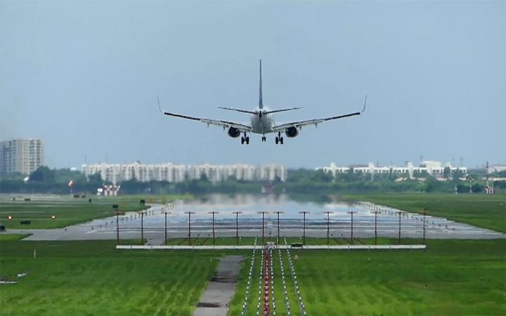 These Are the Worst Airports, According to Pilots (Video)