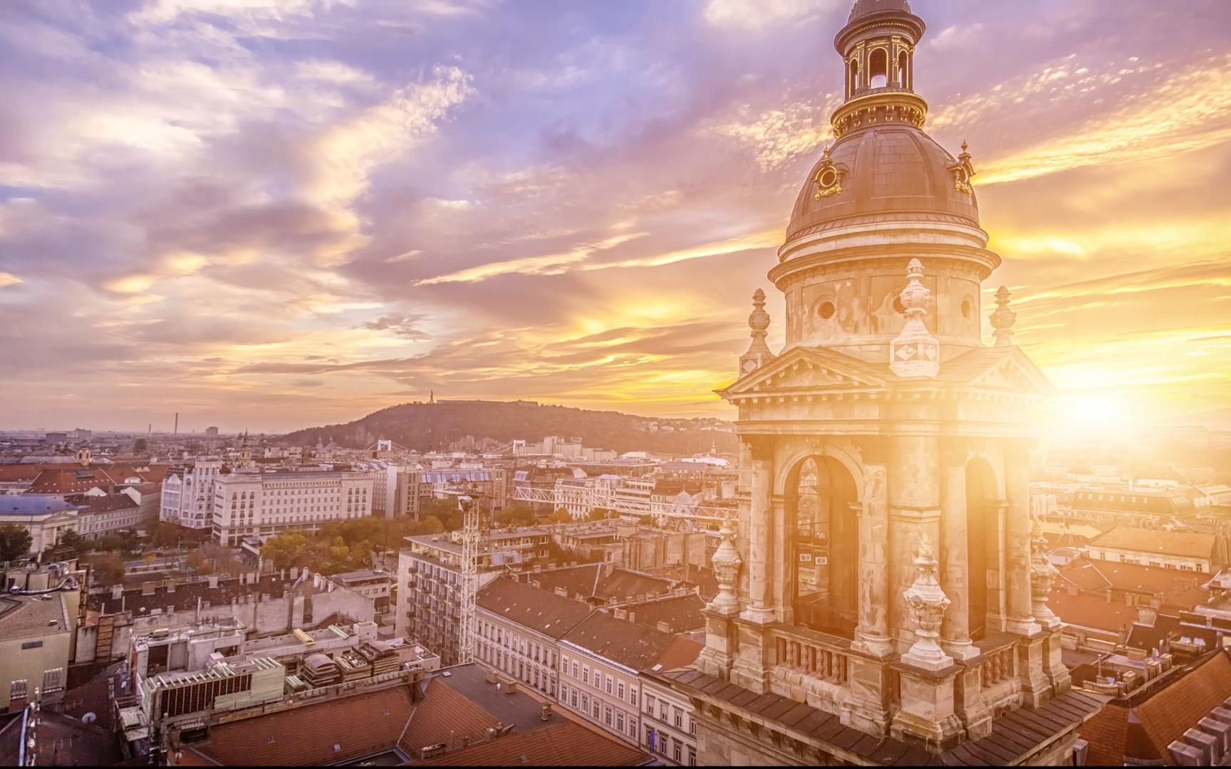 VIDEO: Five Things to Do in Budapest
