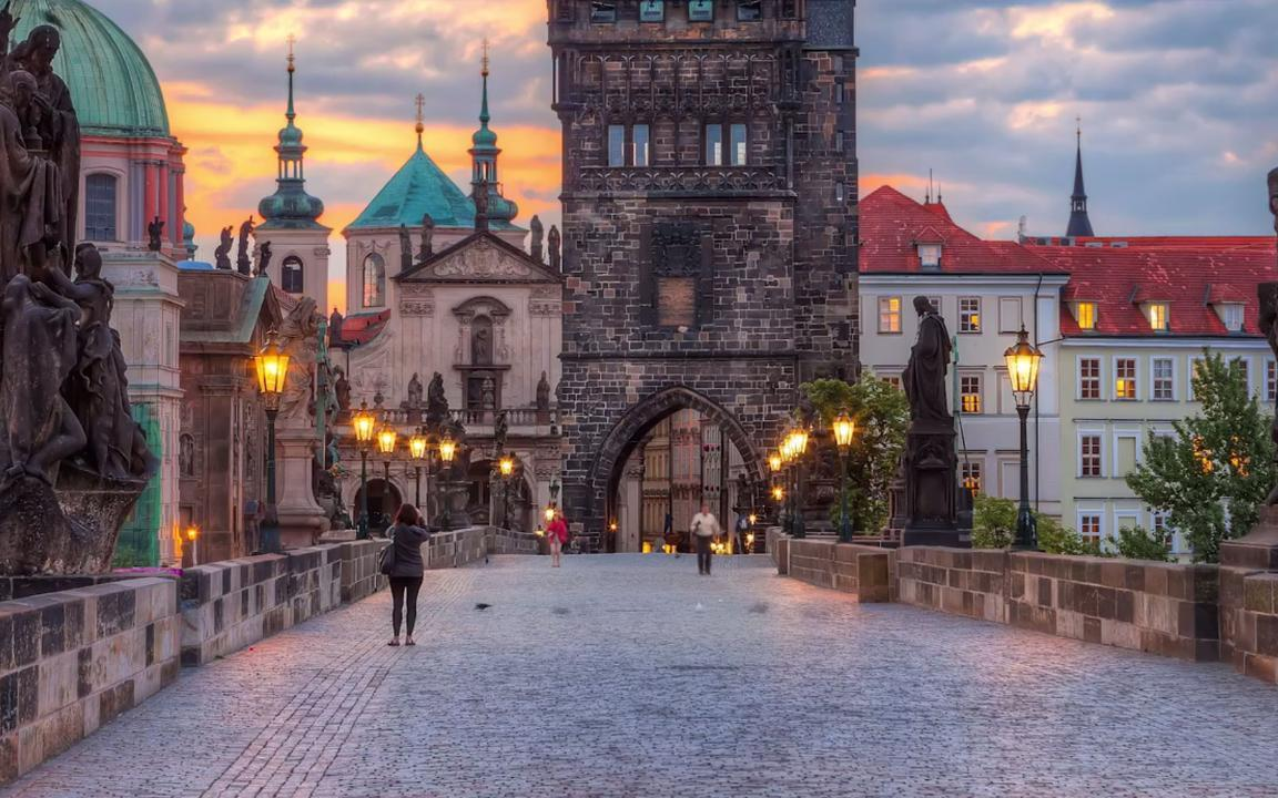 VIDEO: Five Things to Do in Prague