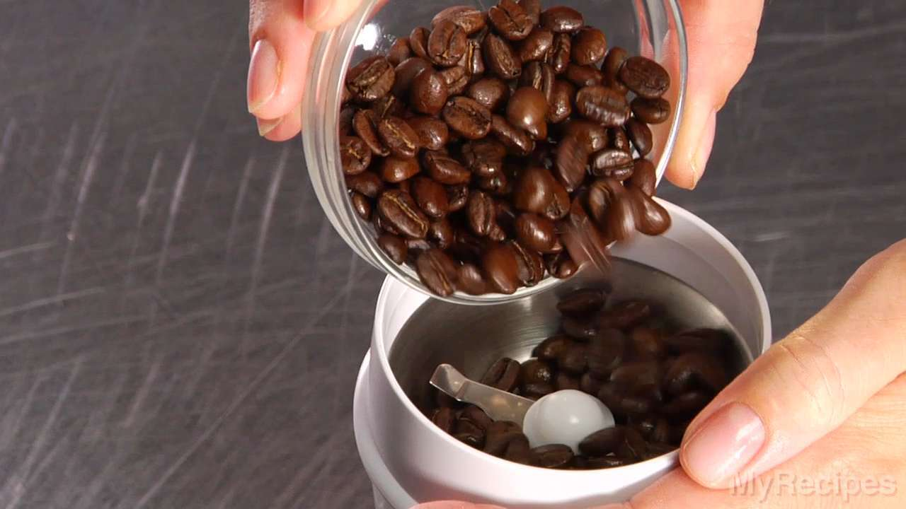 How-To Video: Grinding Coffee Beans
