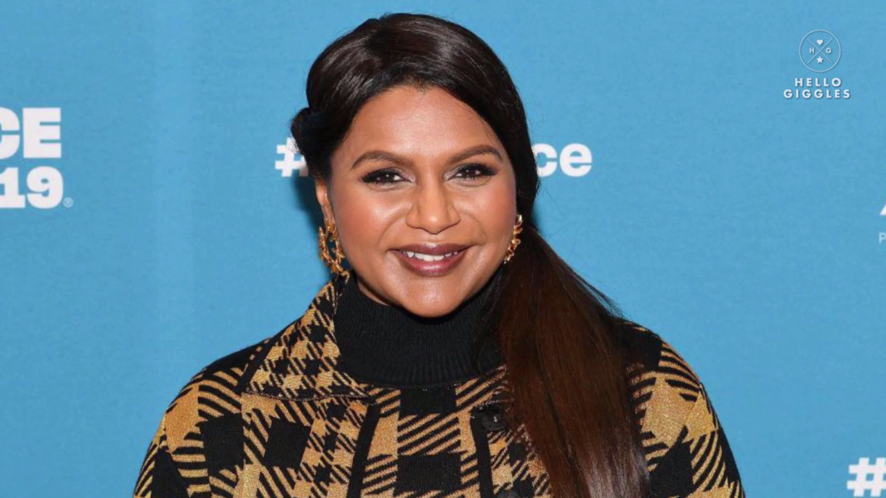Mindy Kaling Shares Why She Won T Discuss Her Daughter S Father Hellogiggles