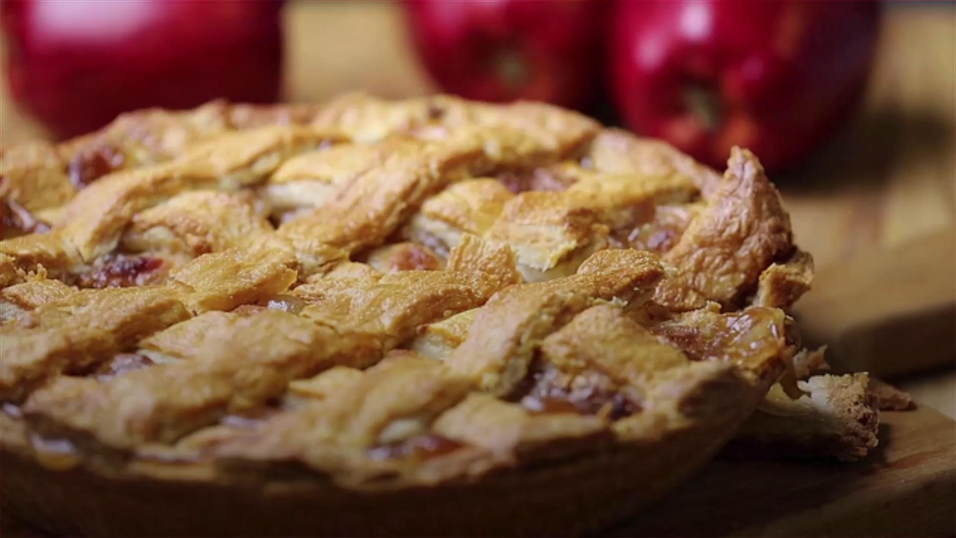 Think Outside the Pie Pan for Thanksgiving Dessert