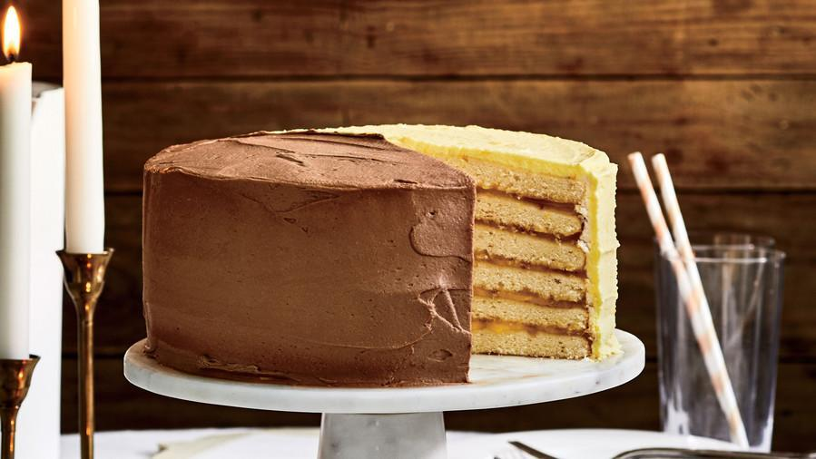 Try These Timeless and Delicious Vintage Cakes