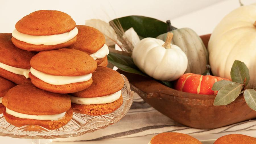 Serve up These Tasty Snacks While Watching the Macy's Thanksgiving Day Parade