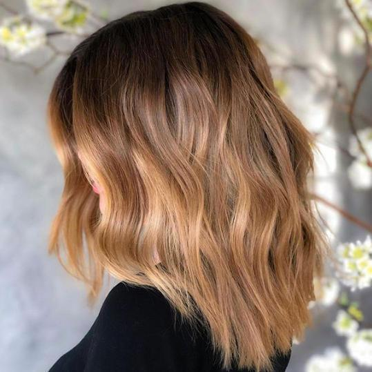 Stunning Examples of Melted Caramel Hair To Bring to Your Colorist This Fall