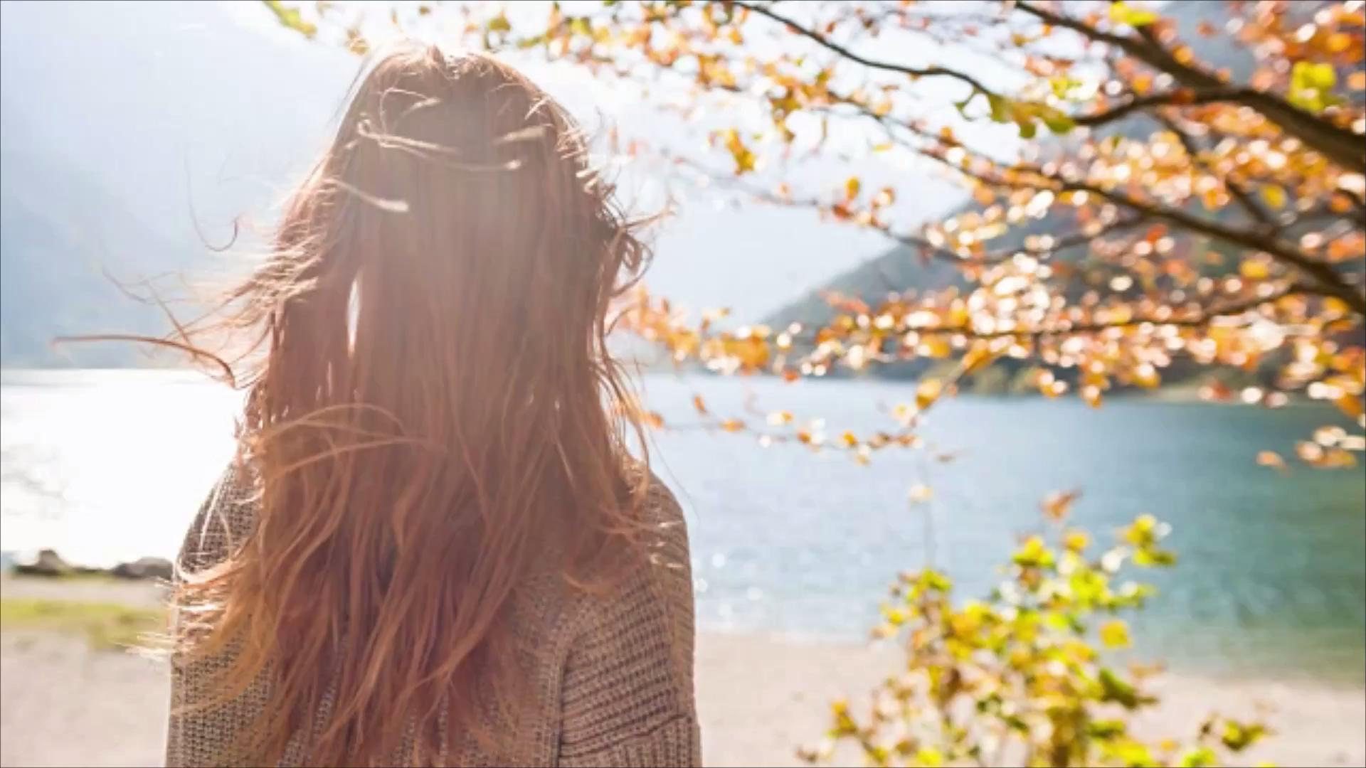 Warm up Your Hair Color for Fall with These Caramel Shades