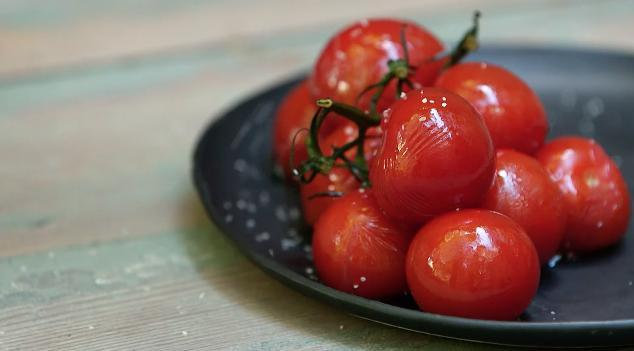 Grilled Tomatoes On The Vine