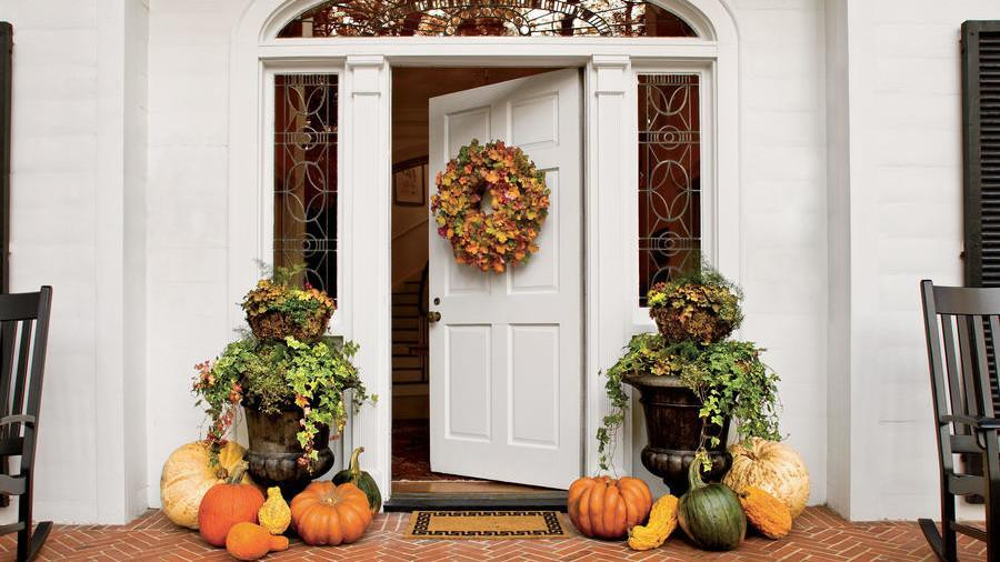 Get Inspired With These Pretty Autumnal Porches