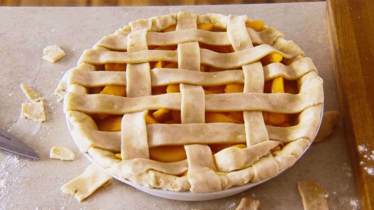 How to Make a Woven Lattice-Top Pie