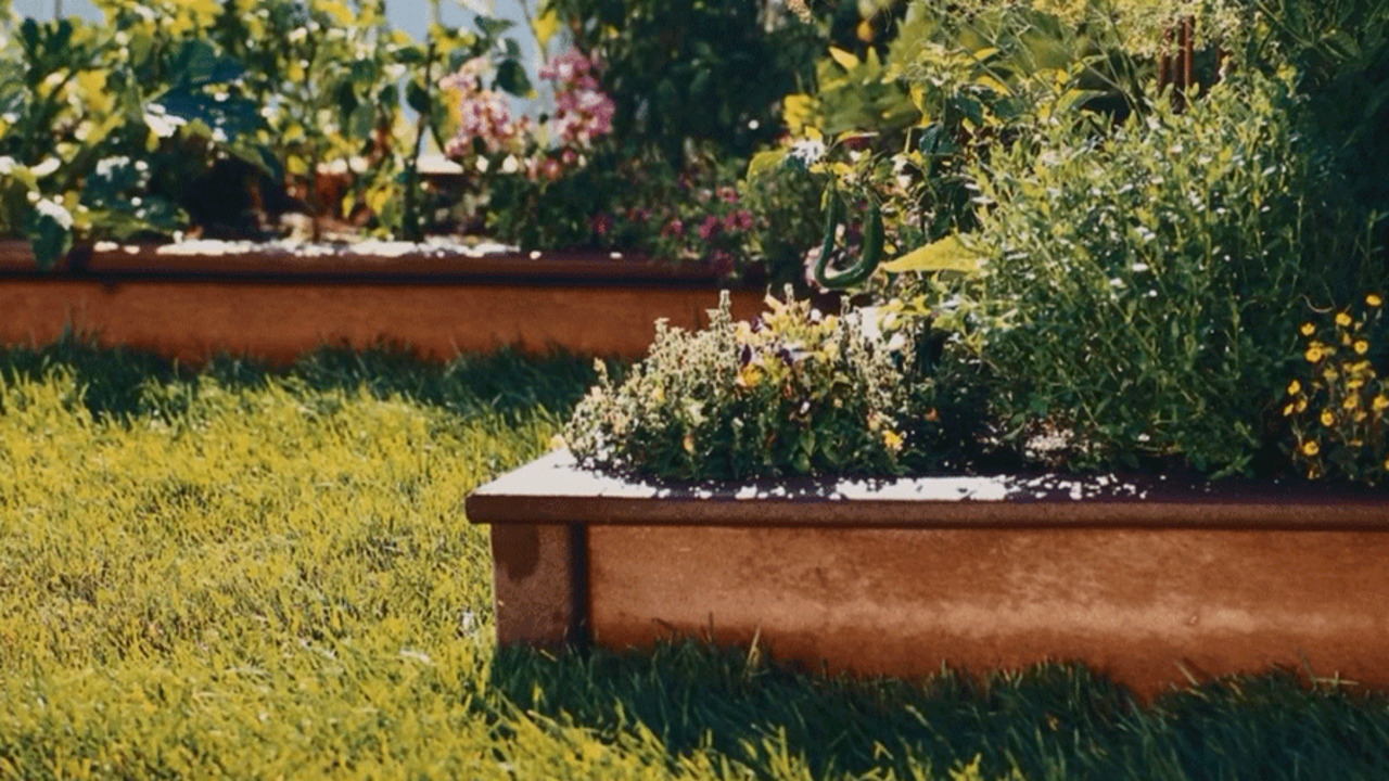 Materials for Raised Garden Beds