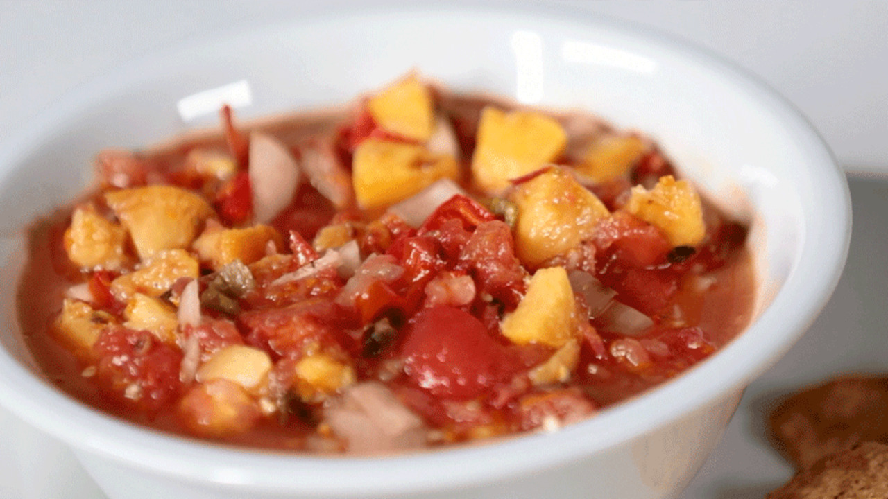 Sweet and Spicy: Grilled Tomato and Stonefruit Salsa