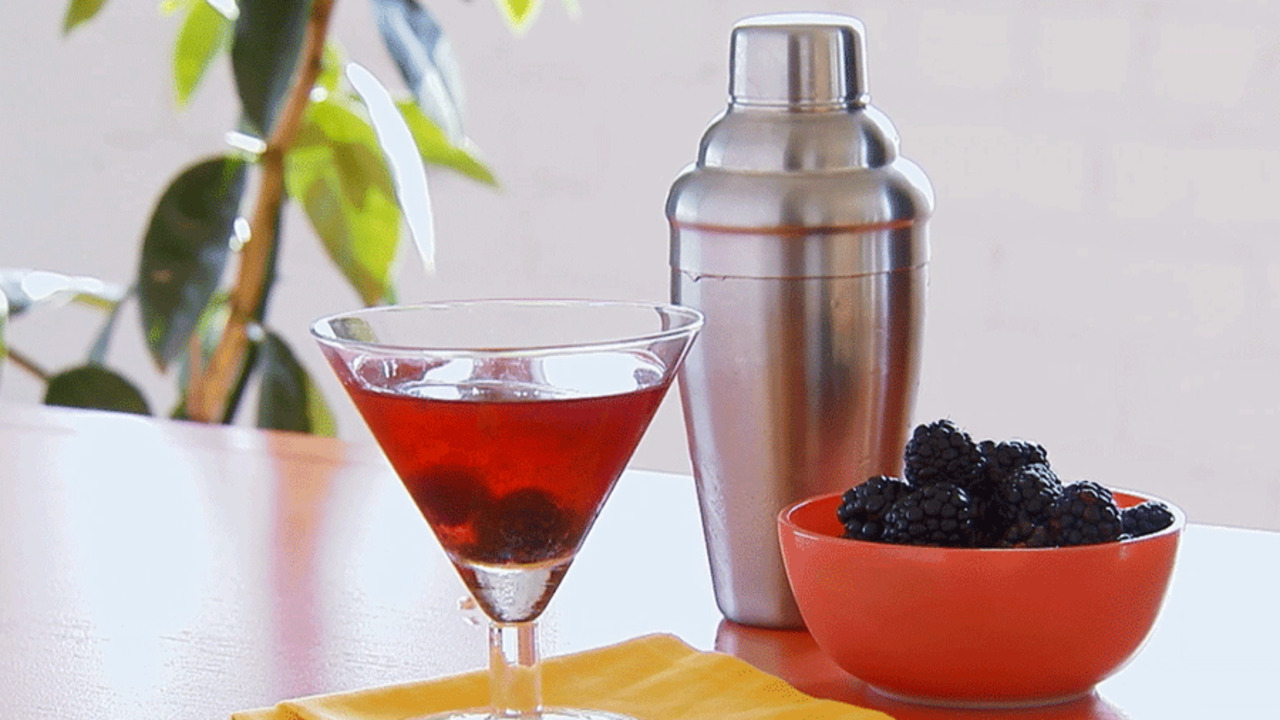 Watch: How to Make a Berrytini