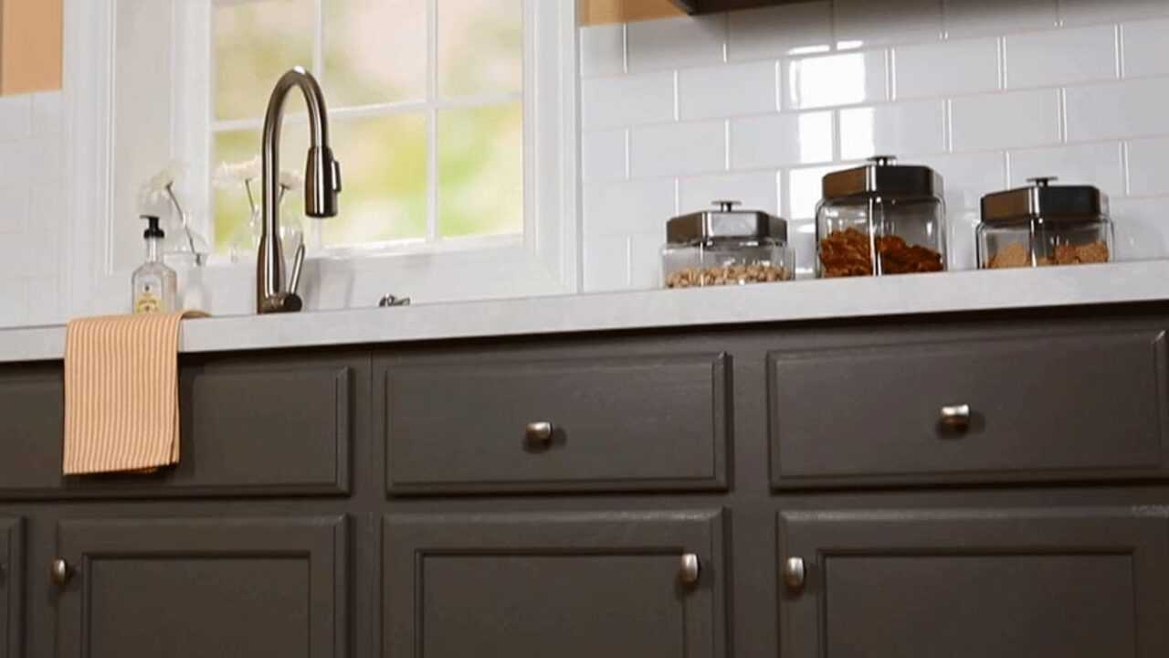 How to Prep Cabinetry for Hardware