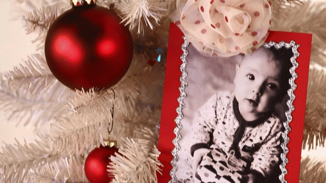 How to Make a Picture Christmas Ornament