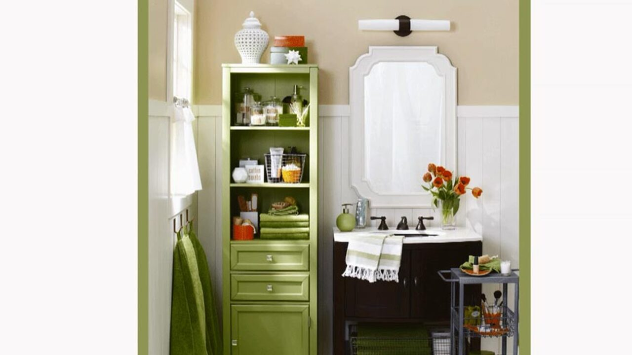 Small-Bathroom Storage