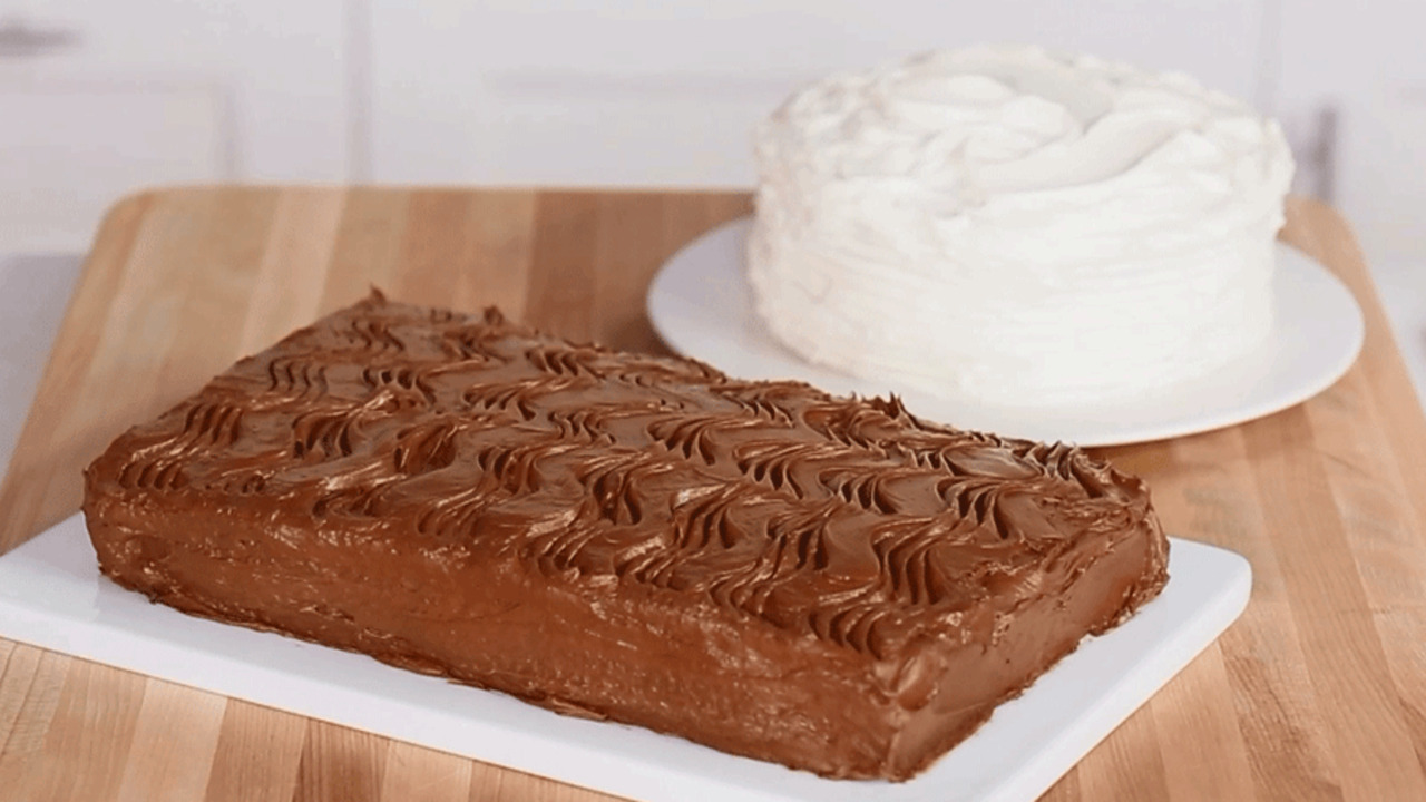 Cake Decorating: Easy Frosting Designs