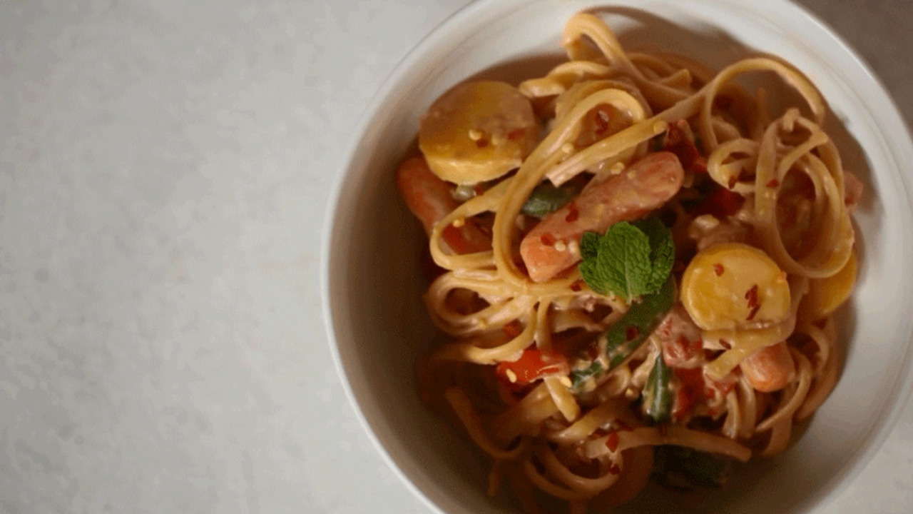 How-To: Peanut-Sauced Noodles