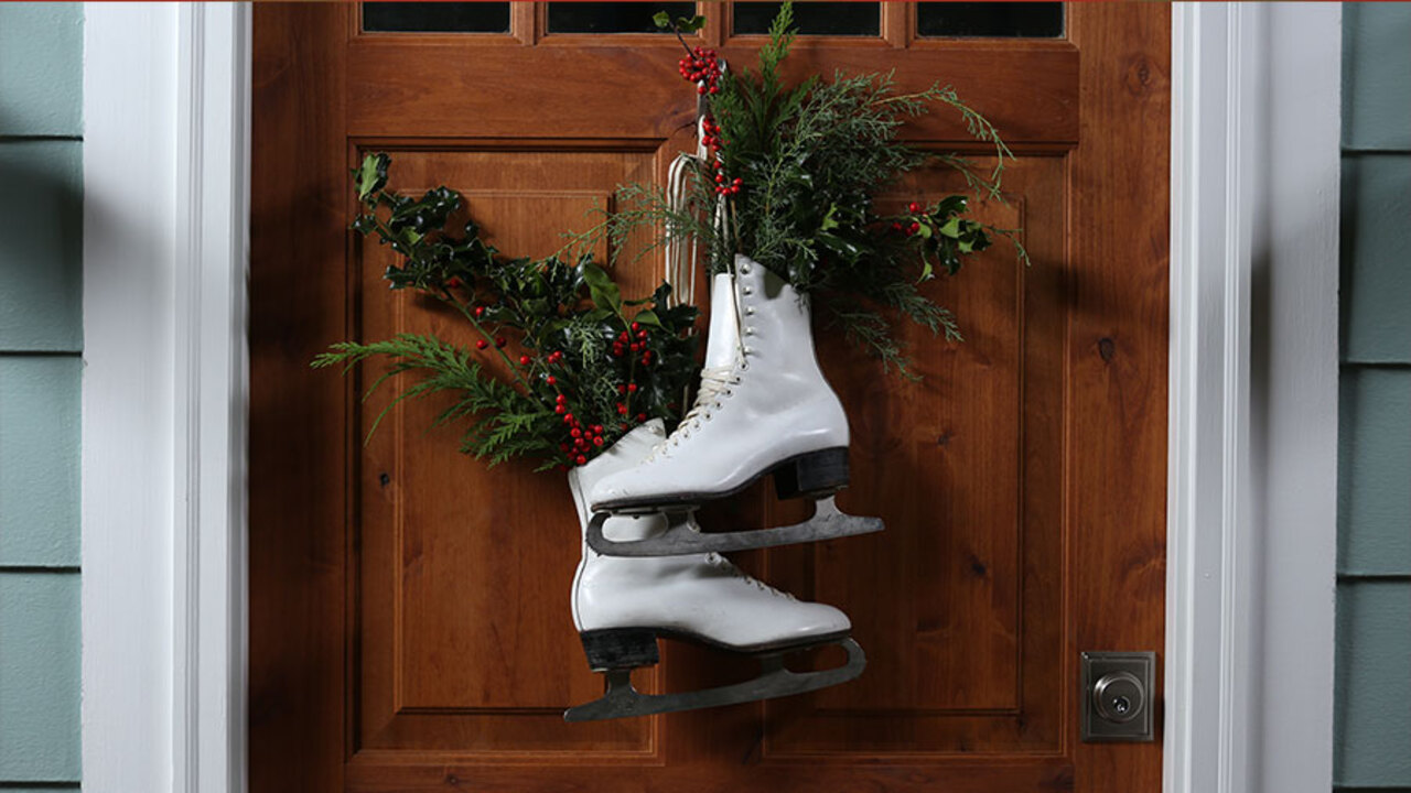 DIY Ice Skates Wreath
