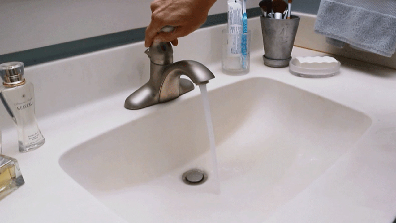 How to Clean a Bathroom Countertop and Sink