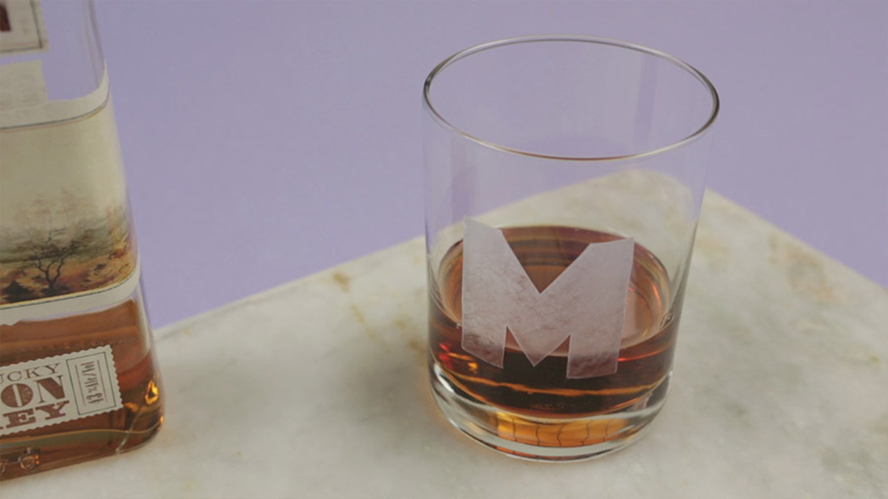 Easy Etched Cocktail Glasses