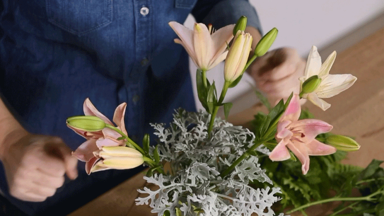 Arrange a Flawless Bouquet