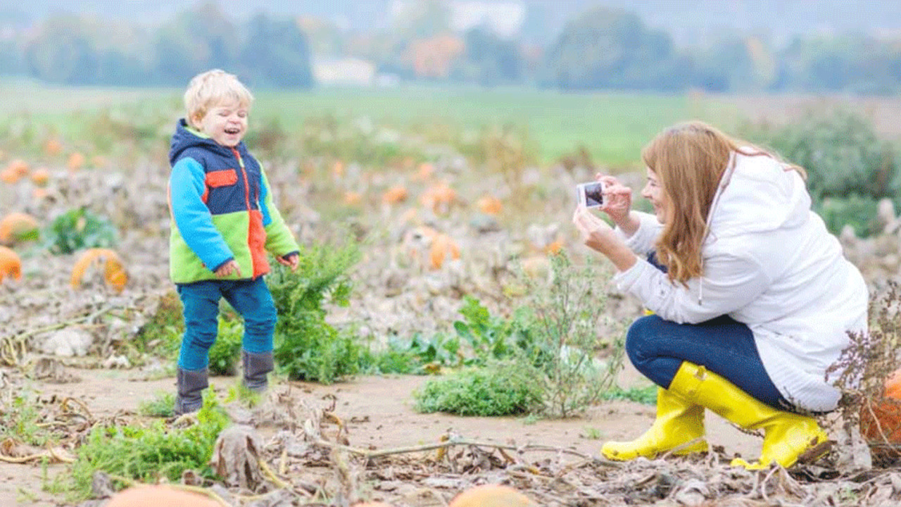Must-Knows On Tech and Child Development: Take Fewer Photos!
