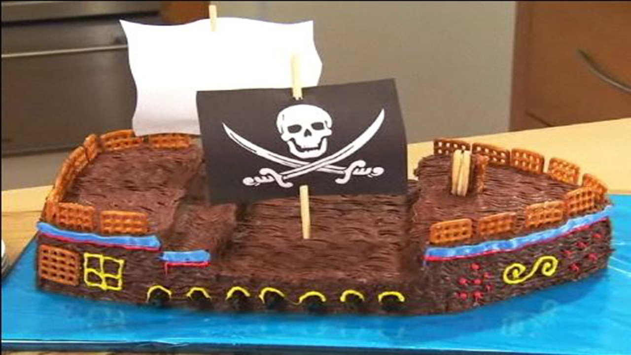 Pirate Bash Cake - Part One