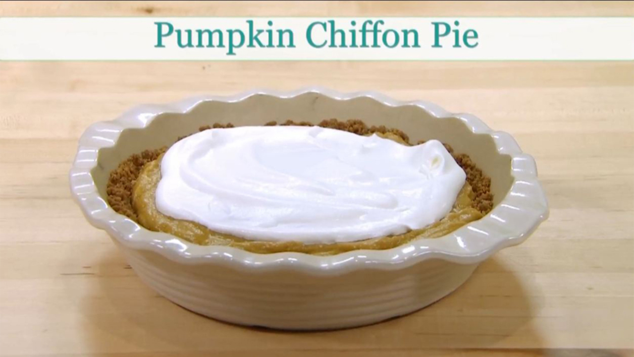 How to Make Pumpkin Chiffon Pie