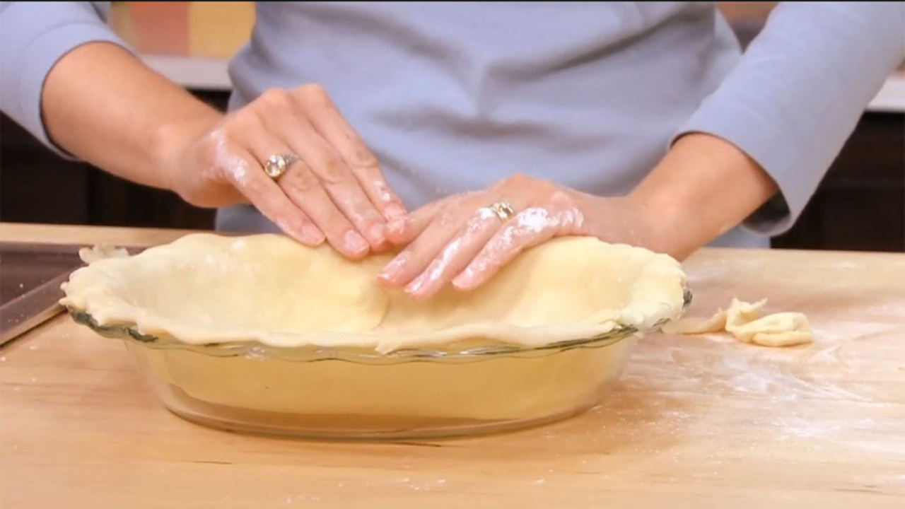 How to Roll Out Pie Dough