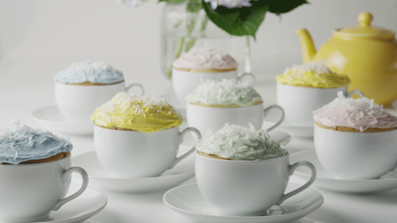 Baby Shower Desserts: Teacup Cupcakes