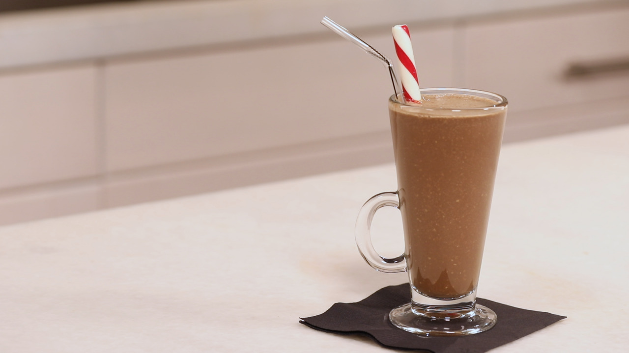Peppermint Chocolate Coffee Smoothie
