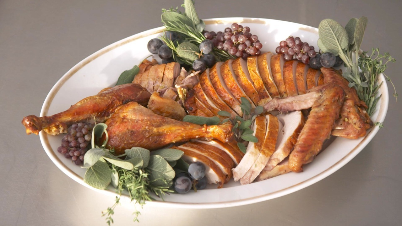 Good Things: How to Carve a Turkey