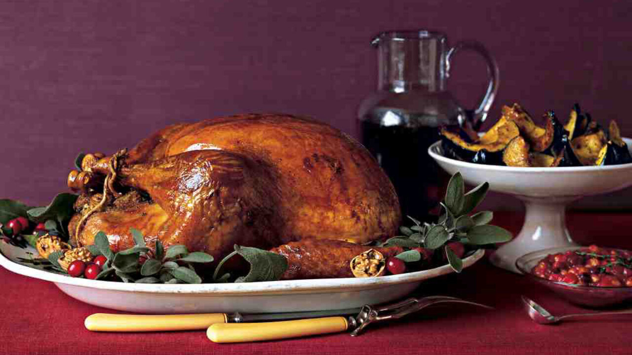 Good Things: How to Prepare a Thanksgiving Turkey for Roasting