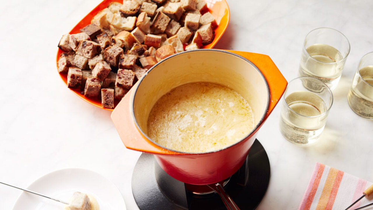 Traditional Cheese Fondue