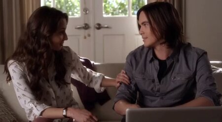 is spencer and caleb dating