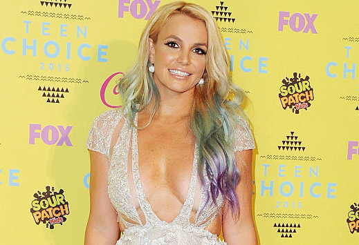 LOS ANGELES, CA - AUGUST 16:  Singer Britney Spears poses in the press room at the Teen Choice Awards 2015 at Galen Center on August 16, 2015 in Los Angeles, California.  (Photo by Jon Kopaloff/FilmMagic)