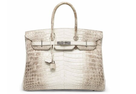 a51f2eca37 Whoa  This is the most expensive handbag EVER sold - HelloGiggles