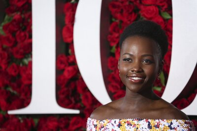 2e8246b87e4a0 Lupita Nyong'o looks gorgeous in this new Tiffany's campaign ...