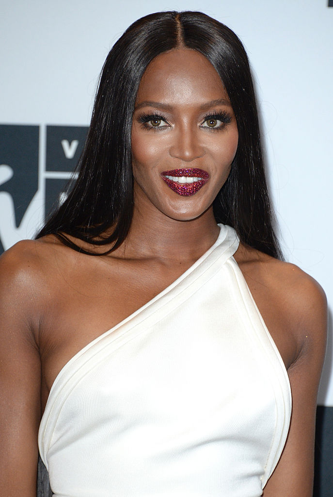 NEW YORK, NY - AUGUST 28:  Naomi Campbell attends the Press Room at the 2016 MTV Video Music Awards at Madison Square Garden on August 28, 2016 in New York City.  (Photo by Anthony Harvey/Getty Images)
