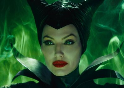 This Two Faced Maleficent Makeup Tutorial Is Eerily Perfect