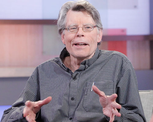 Stephen King has had enough! See the message he sent to the terrorizing clowns