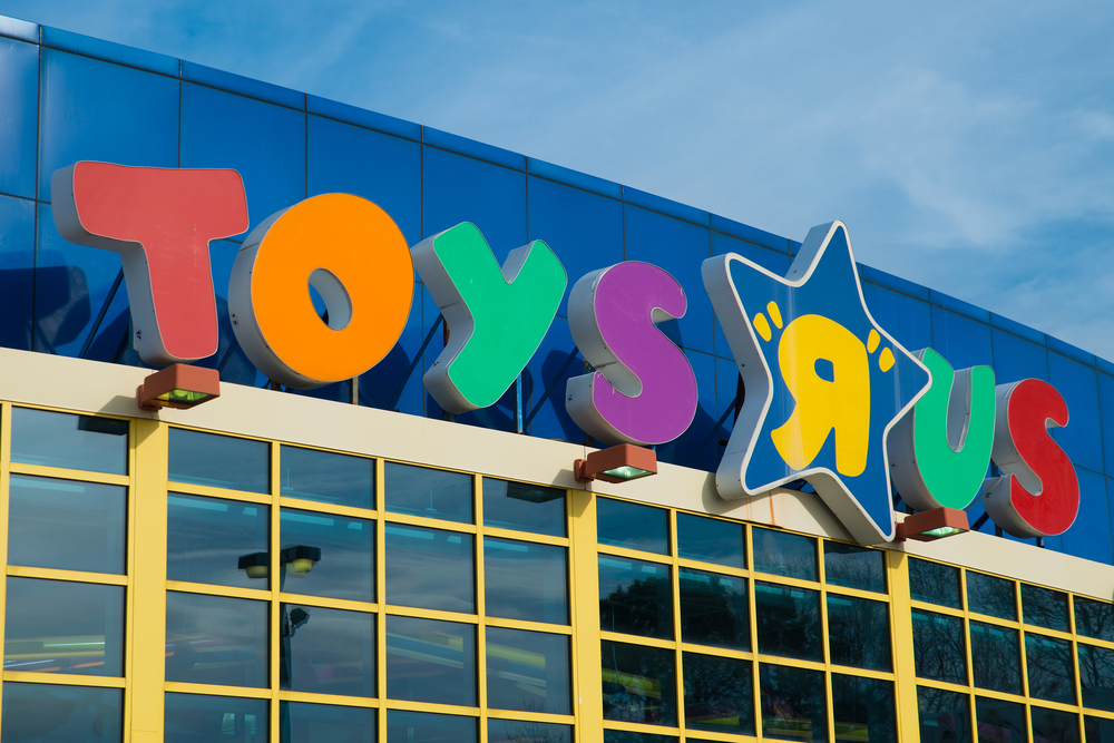 """Toys """"R"""" Us is creating such an awesome environment for kids with autism, and we are applauding"""