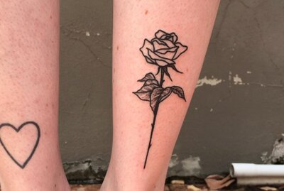 30912e1e2 12 blackwork rose tattoos that put an edgy twist on the traditional ...