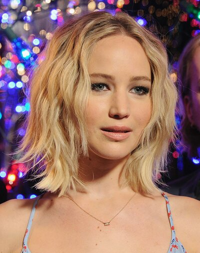 Jennifer Lawrence Wears Completely Mismatched Prints And
