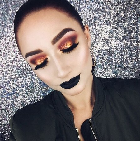 12 easy holiday eye makeup looks from Instagram you can totally do yourself for NYE