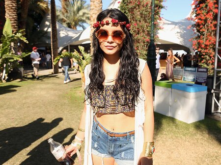 107cf922414 8 music festival outfit ideas for the woman who s totally over daisy dukes  and crop tops