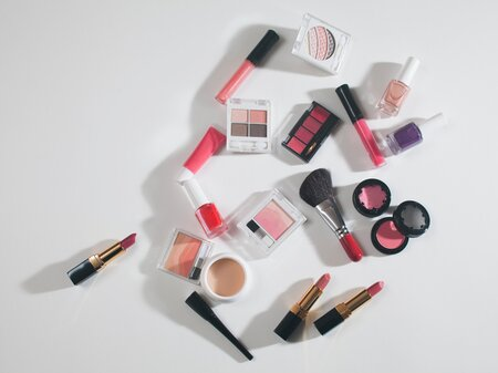 How you can donate your unwanted or gently used makeup to women in need for Women's History Month