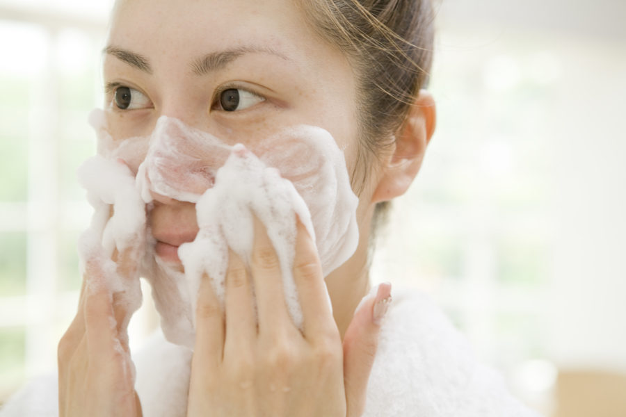 What's the right way to exfoliate? We asked the experts for the scoop