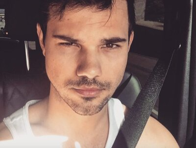 Taylor Lautner Jumps Into Moving Car In Low Key Epic Instagram Video